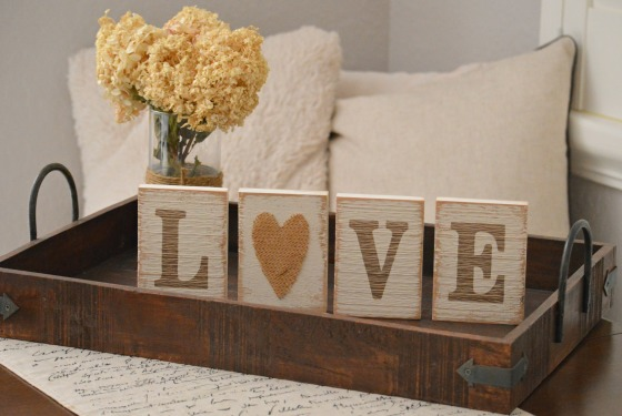 stella minded Love Blocks with burlap heart (without logo) 1