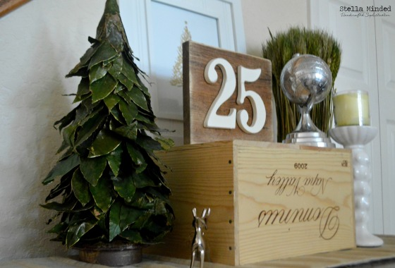 stella minded Rustic 25 Warm Walnut sign 2