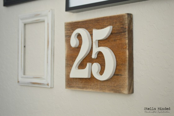 stella minded Rustic 25 Warm Walnut sign 4